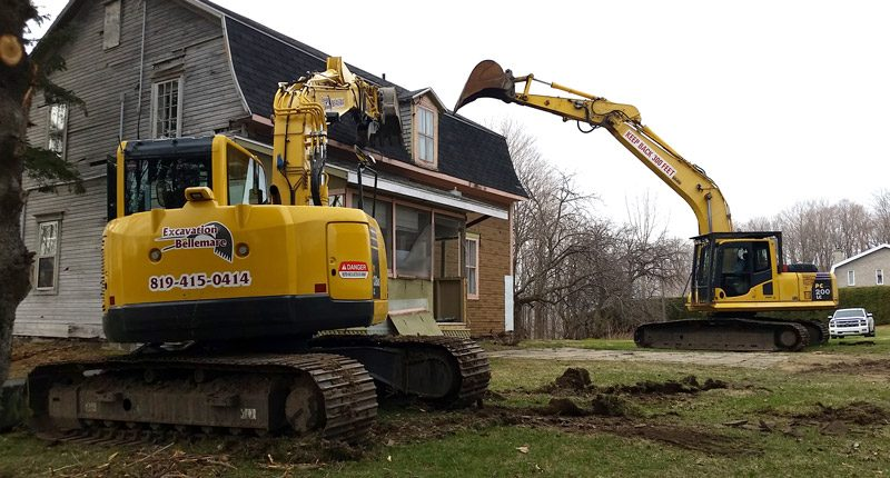 Démolition d'un édifice à Montréal